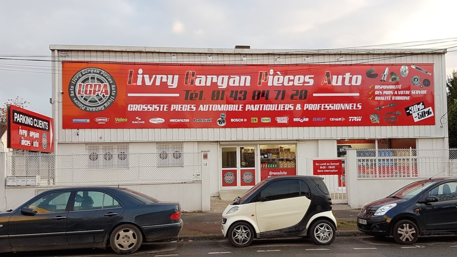 Livry Gargan Pieces Auto